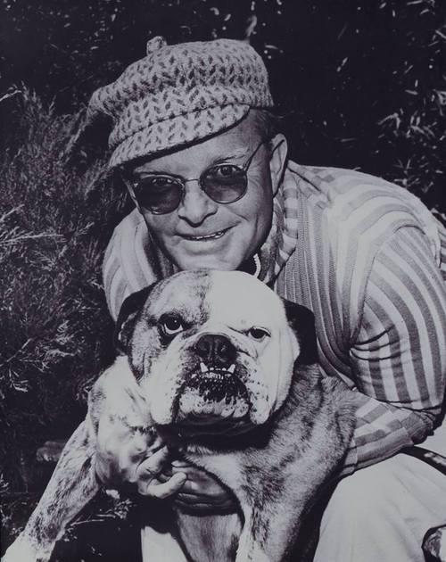 Capote e seu cão