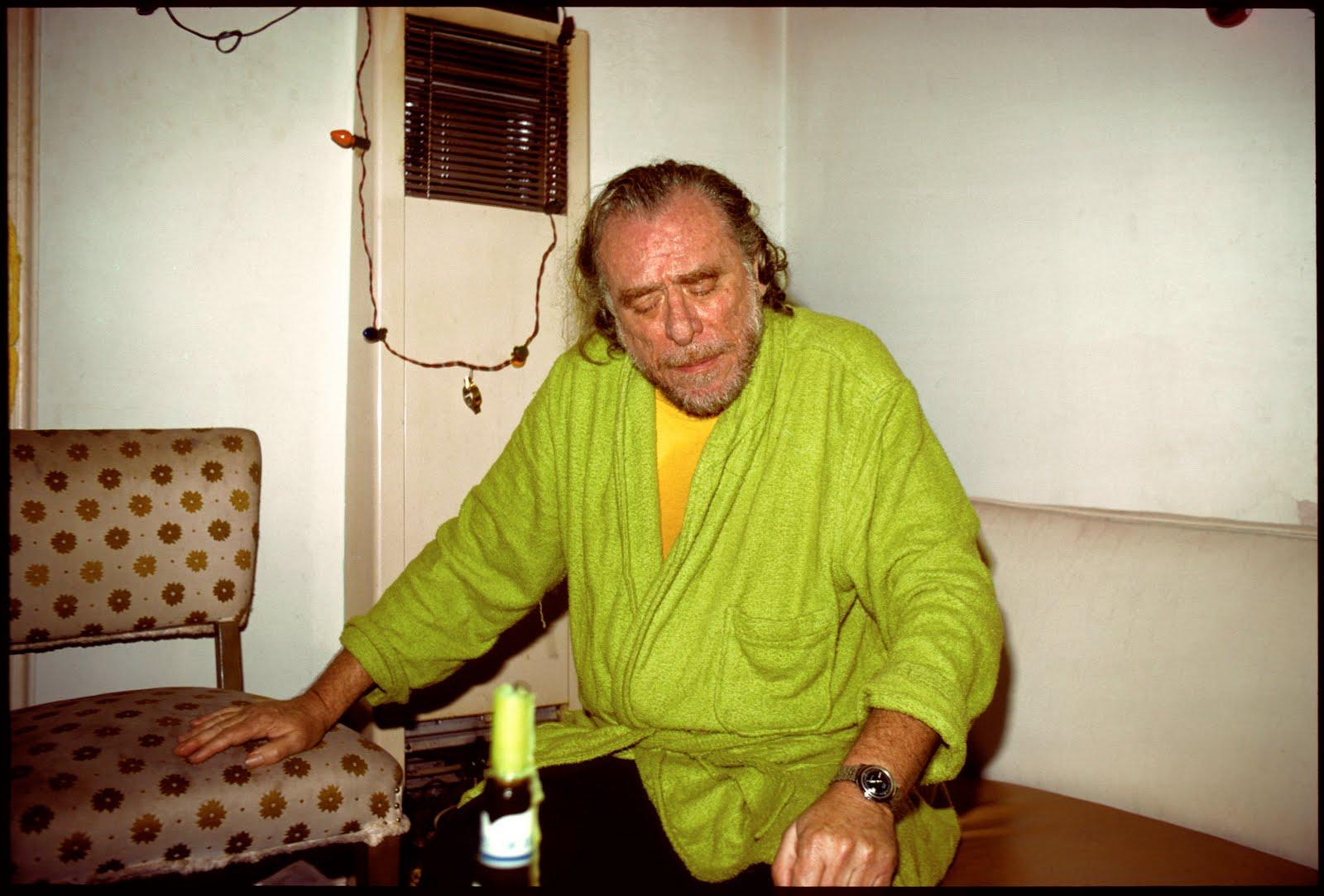 5 motivos para ler e 5 motivos para não ler Bukowski