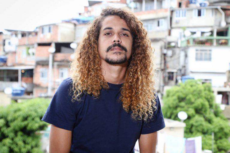 """""""O sol na cabeça"""", de Geovani Martins: a literatura brasileira periférica"""